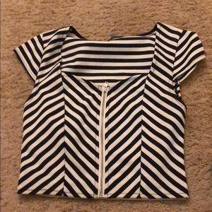 Crops top shirt